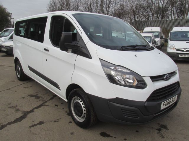 2016 Ford Transit Custom 310 L2 H1 2.2 Tdci 130Ps Kombi 9 Seater  (FD66BVL)