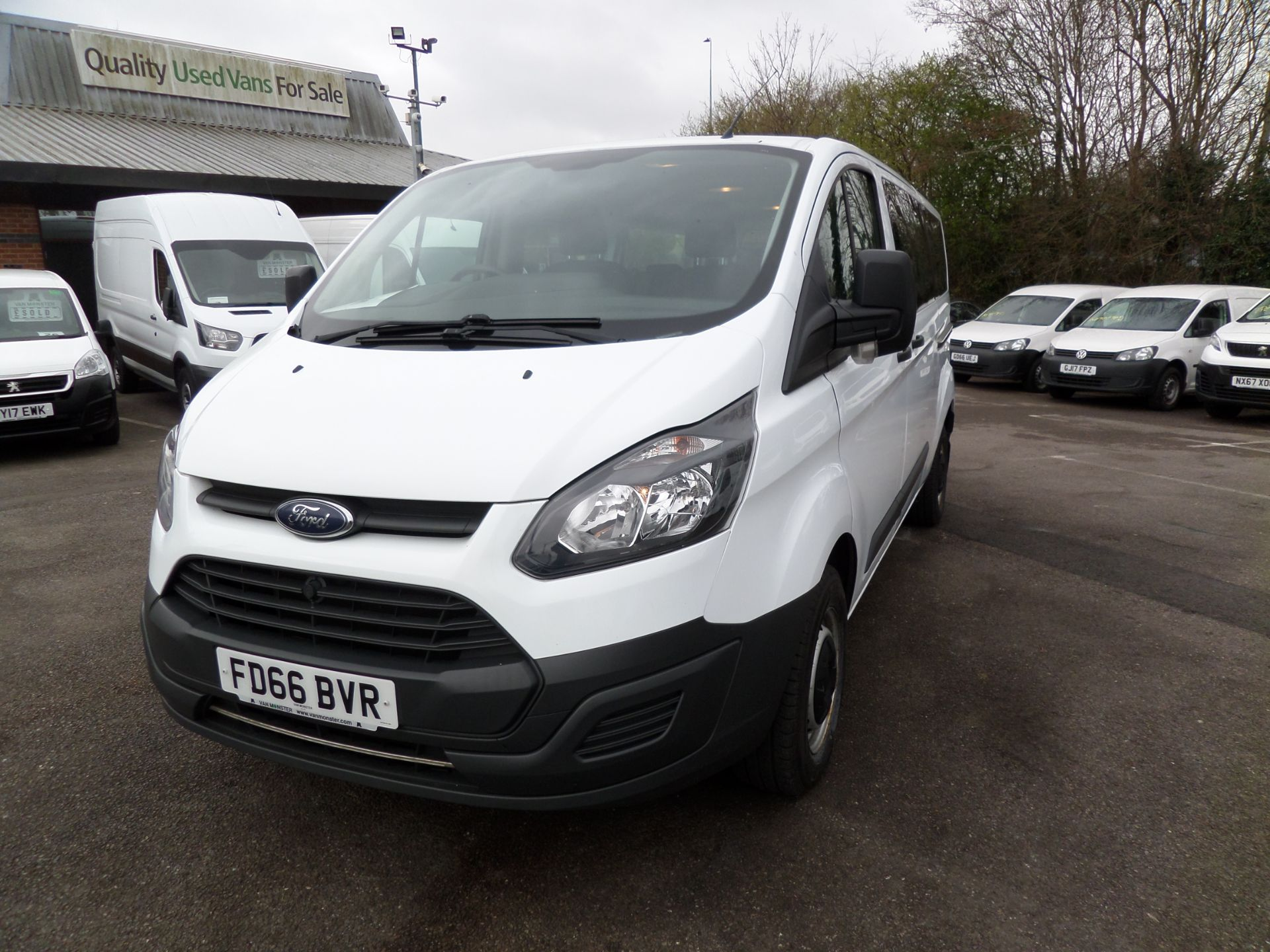 2016 Ford Transit Custom 2.0 Tdci 130Ps Low Roof Kombi Van Euro 6 (FD66BVR) Image 9