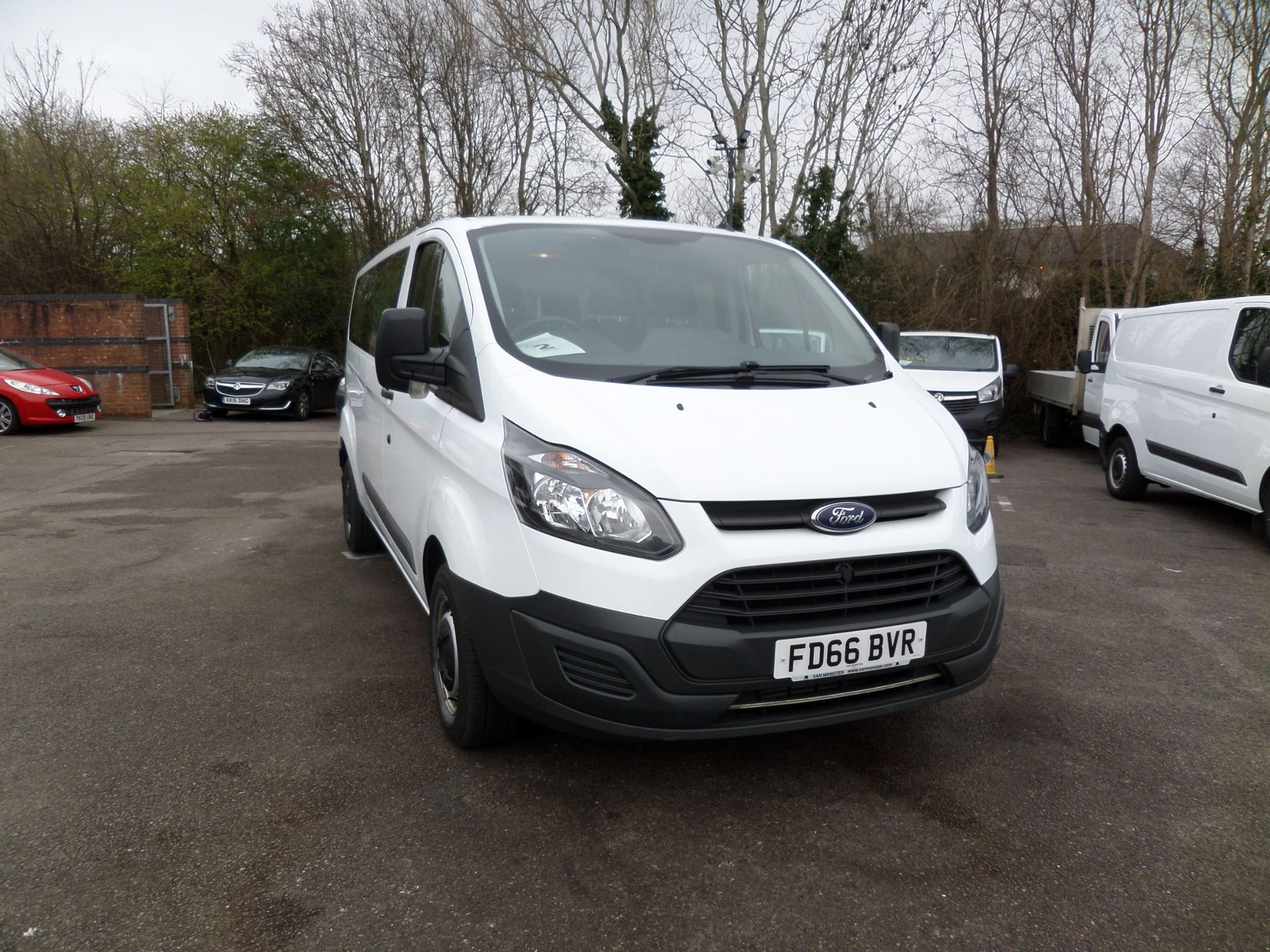 2016 Ford Transit Custom 2.0 Tdci 130Ps Low Roof Kombi Van Euro 6 (FD66BVR) Image 1
