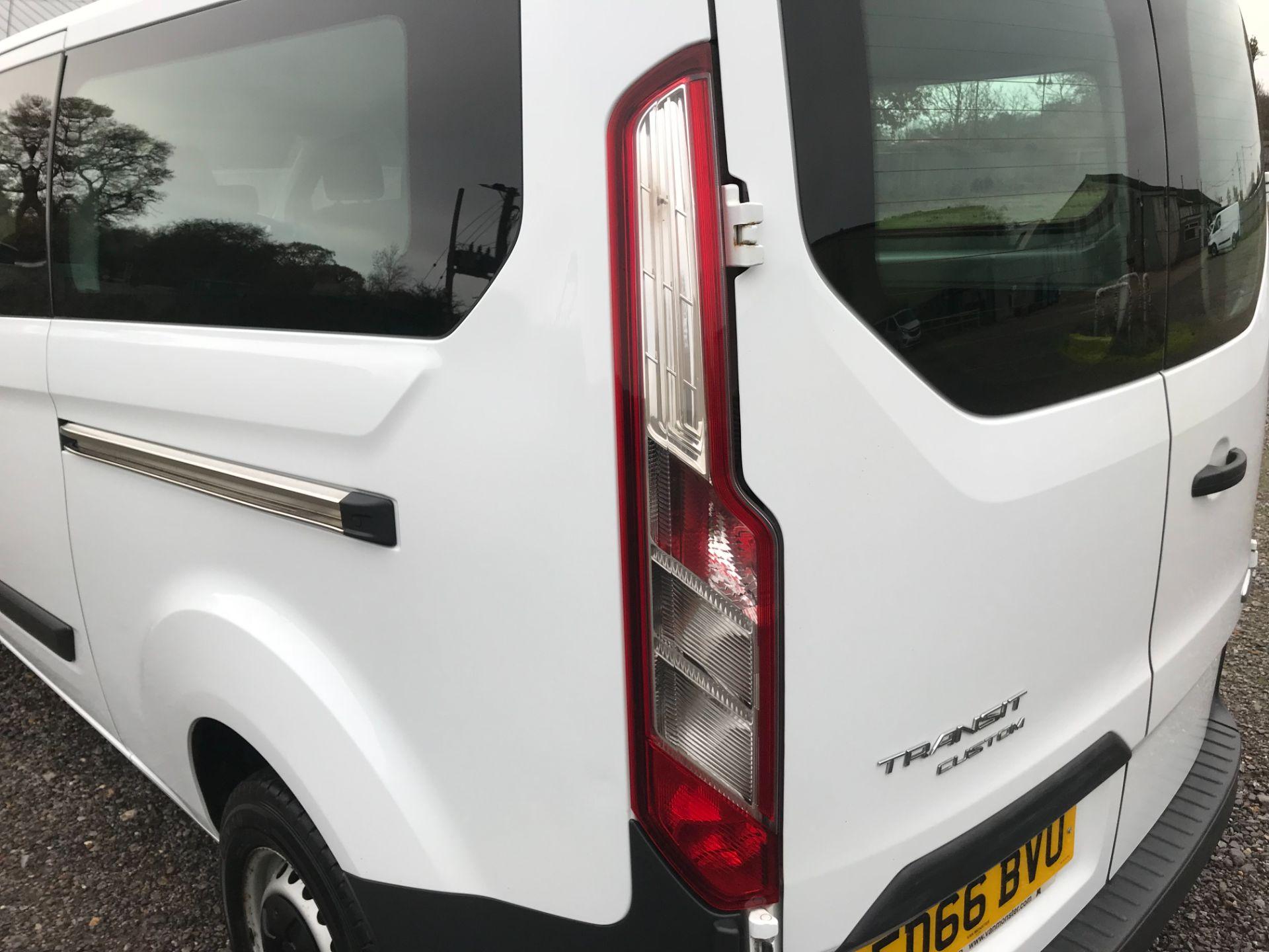 2016 Ford Transit Custom 2.0 Tdci 130Ps Low Roof Kombi Van Euro 6 (FD66BVU) Image 16