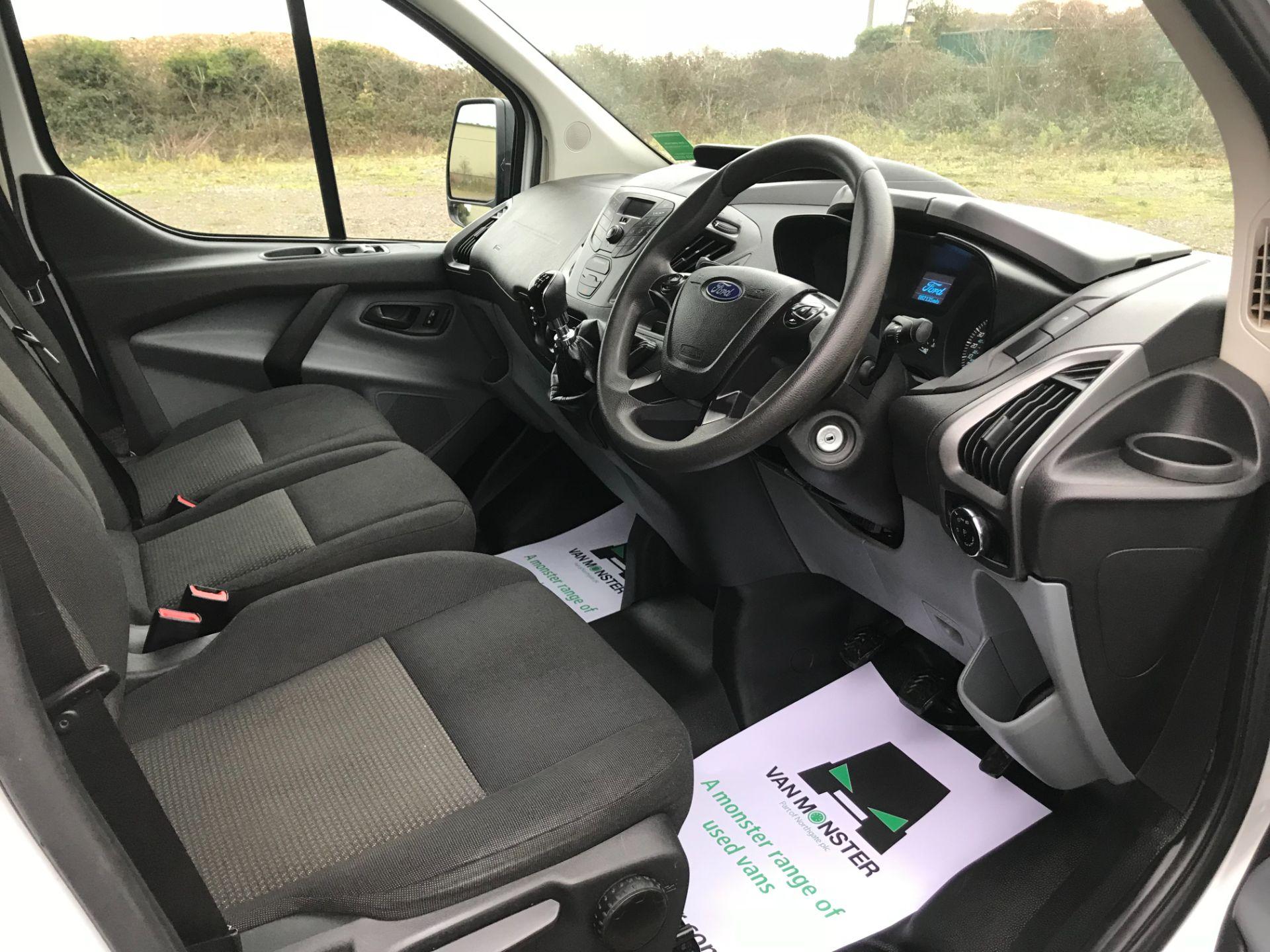 2016 Ford Transit Custom 2.0 Tdci 130Ps Low Roof Kombi Van Euro 6 (FD66BVU) Image 23