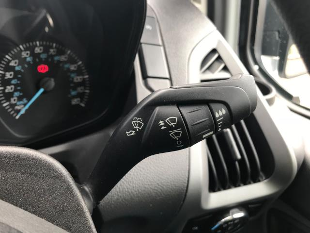 2016 Ford Transit Custom  310  L2  LOW ROOF  KOMBI 130PS EURO 6 (FD66BWJ) Image 36