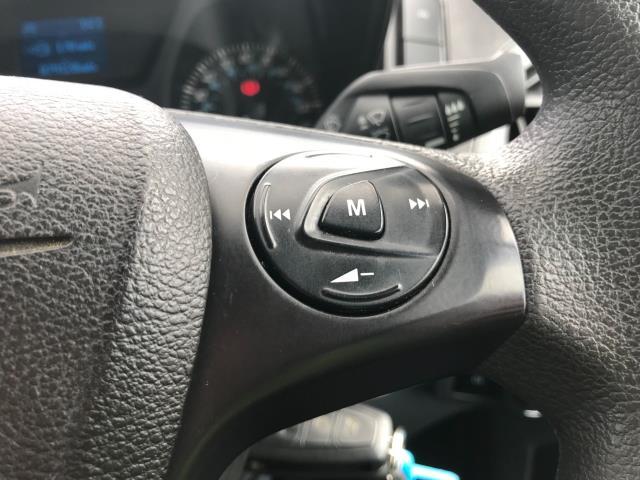2016 Ford Transit Custom  310  L2  LOW ROOF  KOMBI 130PS EURO 6 (FD66BWJ) Image 35