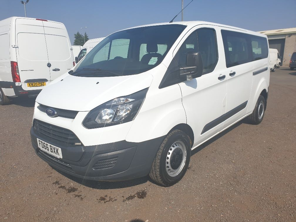2016 Ford Transit Custom 310 L2 DIESEL FWD 2.0 TDCI 105PS LOW ROOF KOMBI VAN (FD66BXK) Thumbnail 3