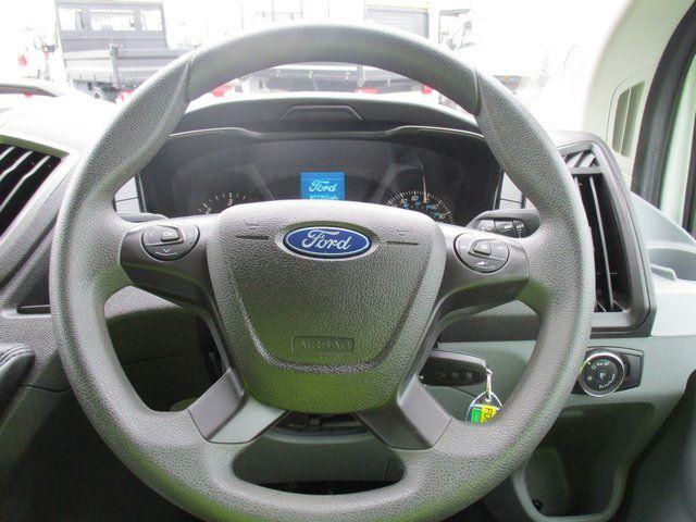 2016 Ford Transit T350 2.0 L3 H3 VAN 130 PS (FD66KYF) Image 18