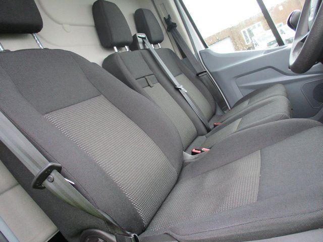2016 Ford Transit T350 2.0 L3 H3 VAN 130 PS (FD66KYF) Image 13