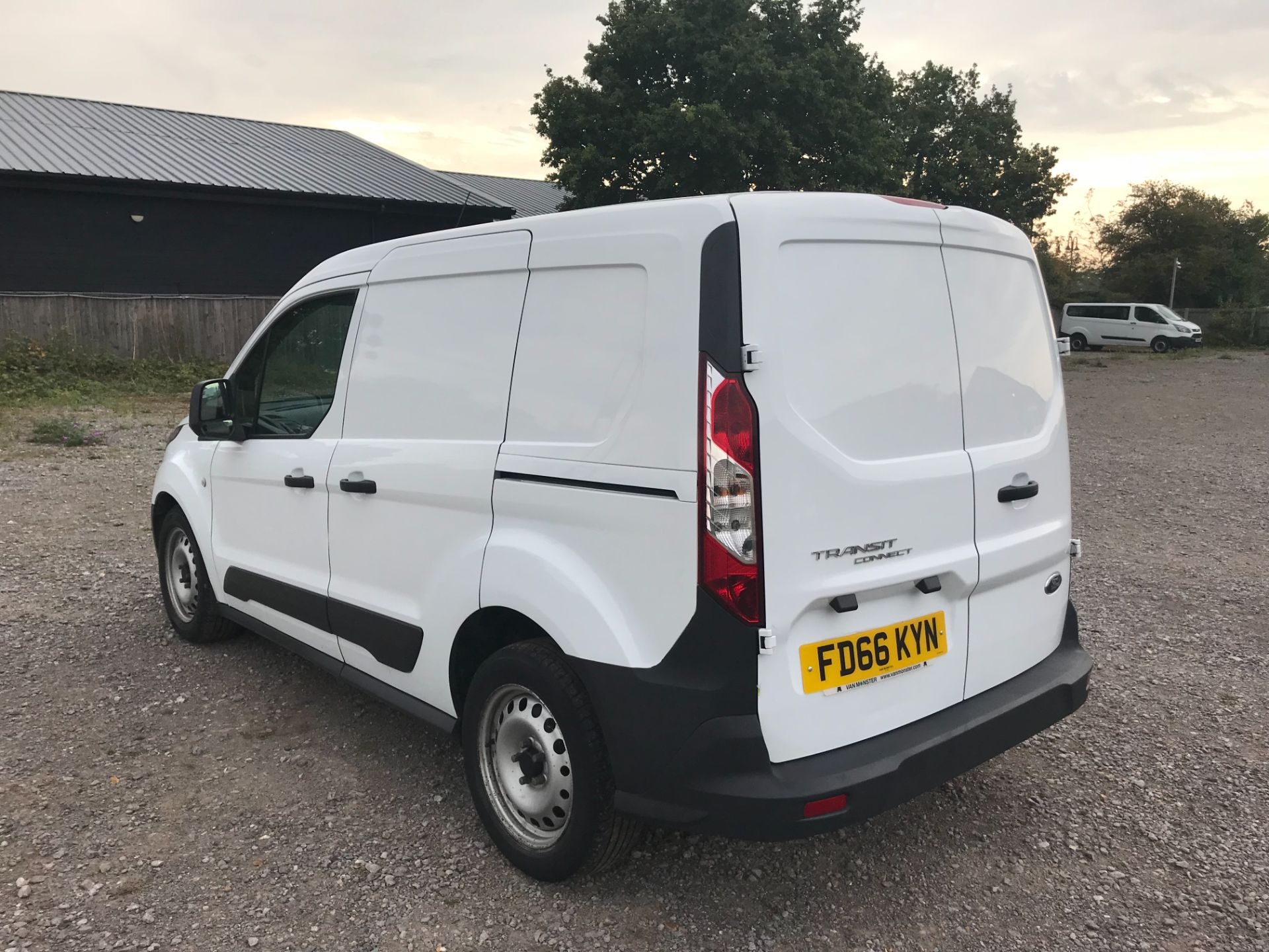 2016 Ford Transit Connect 1.5 Tdci 75Ps Van (FD66KYN) Image 6