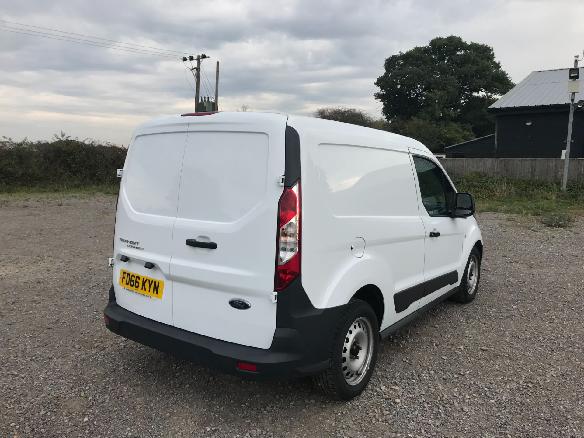 2016 Ford Transit Connect 1.5 Tdci 75Ps Van (FD66KYN) Image 4