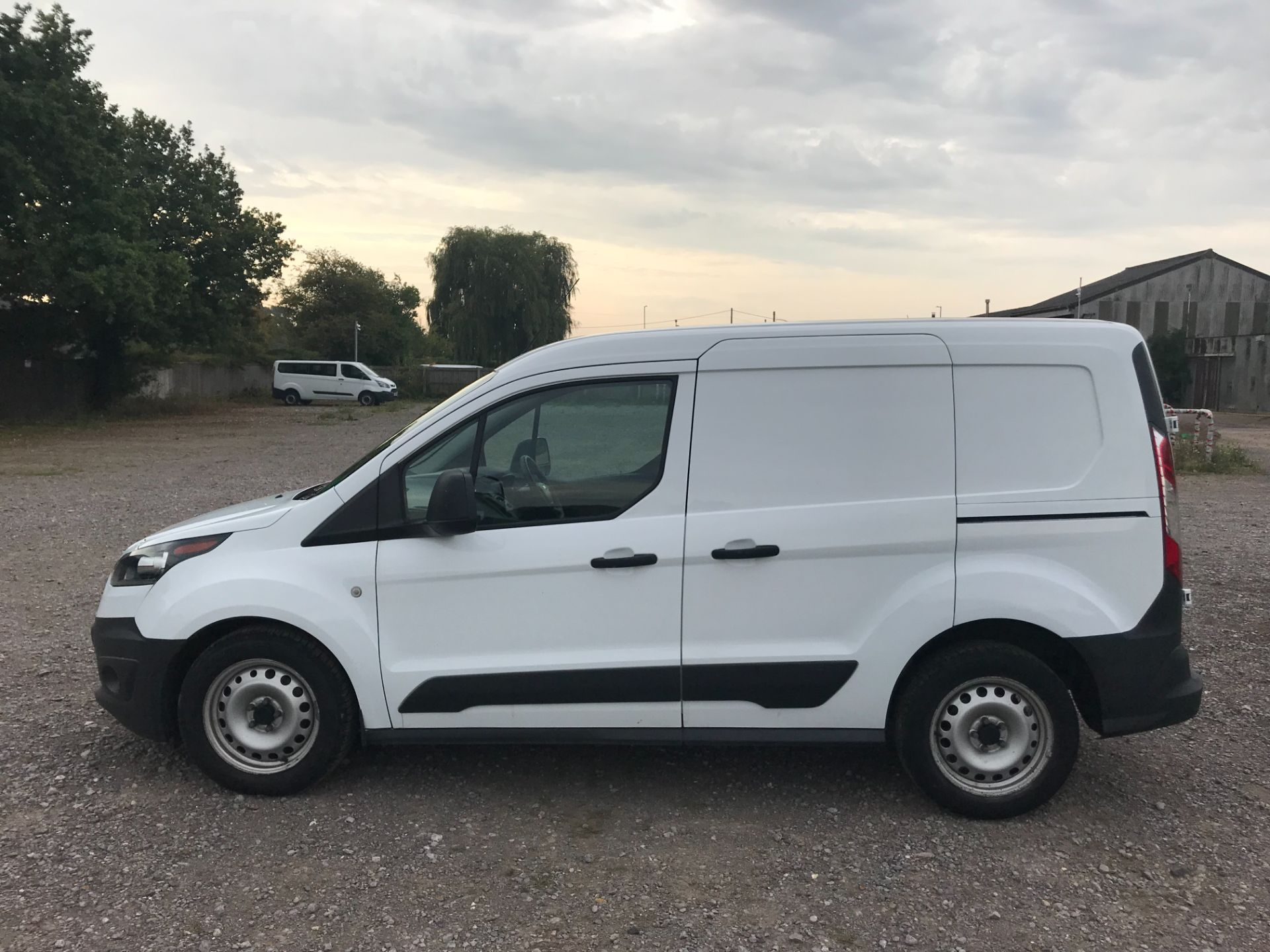 2016 Ford Transit Connect 1.5 Tdci 75Ps Van (FD66KYN) Thumbnail 8