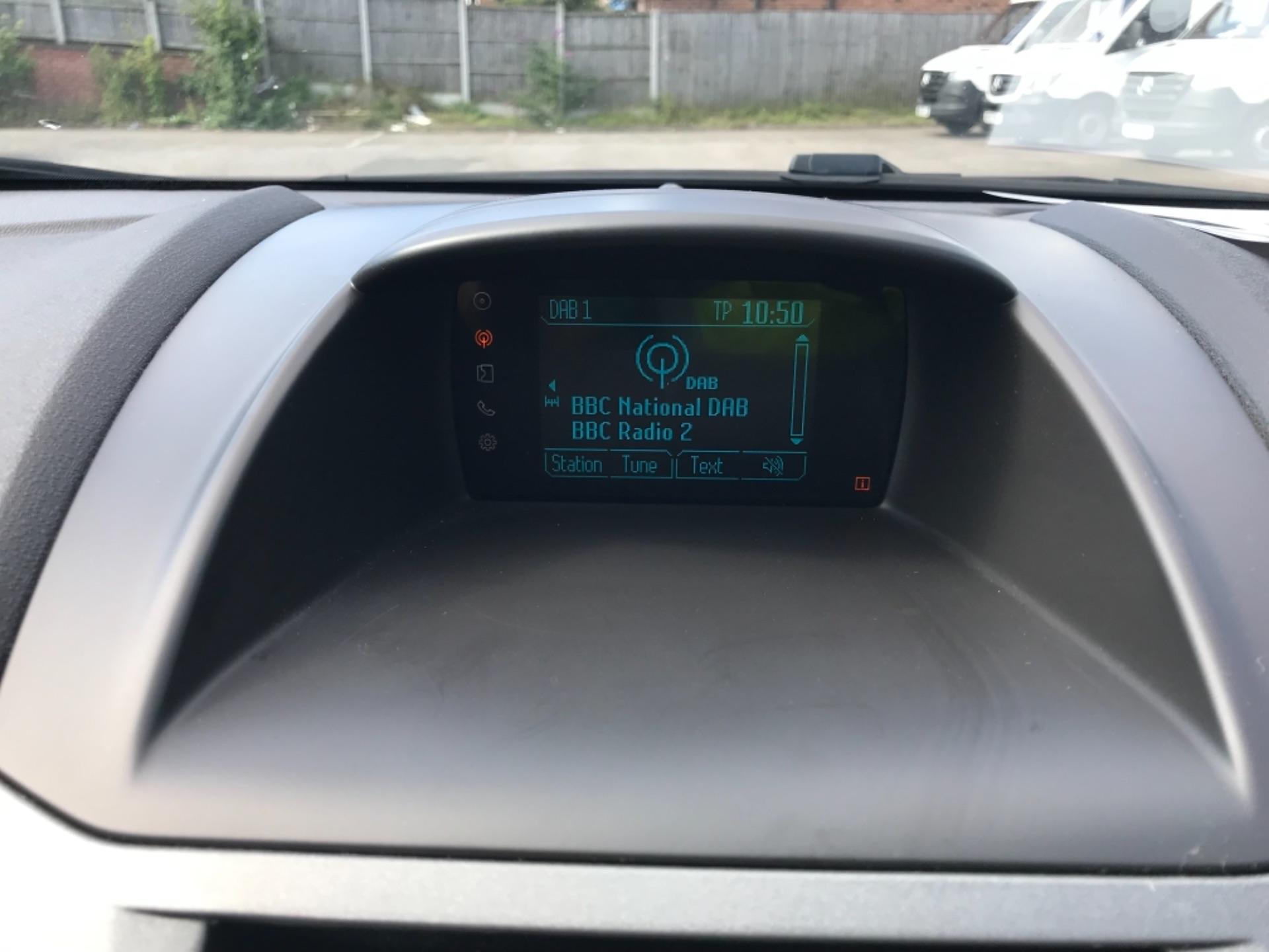 2016 Ford Fiesta  DIESEL 1.5 TDCI VAN EURO 6 (FD66KZX) Image 18