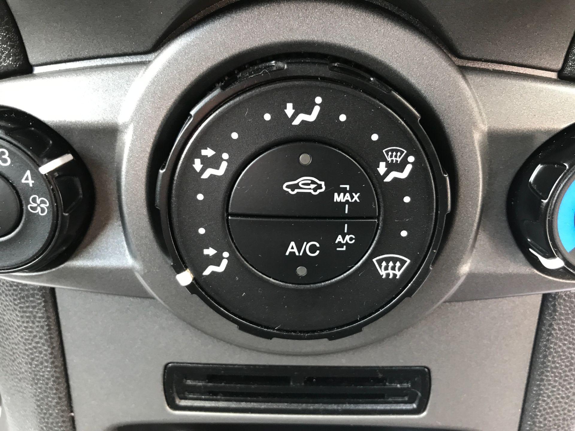 2016 Ford Fiesta 1.5TDCI 75PS EURO 6, AIR CON (FD66LBA) Image 15