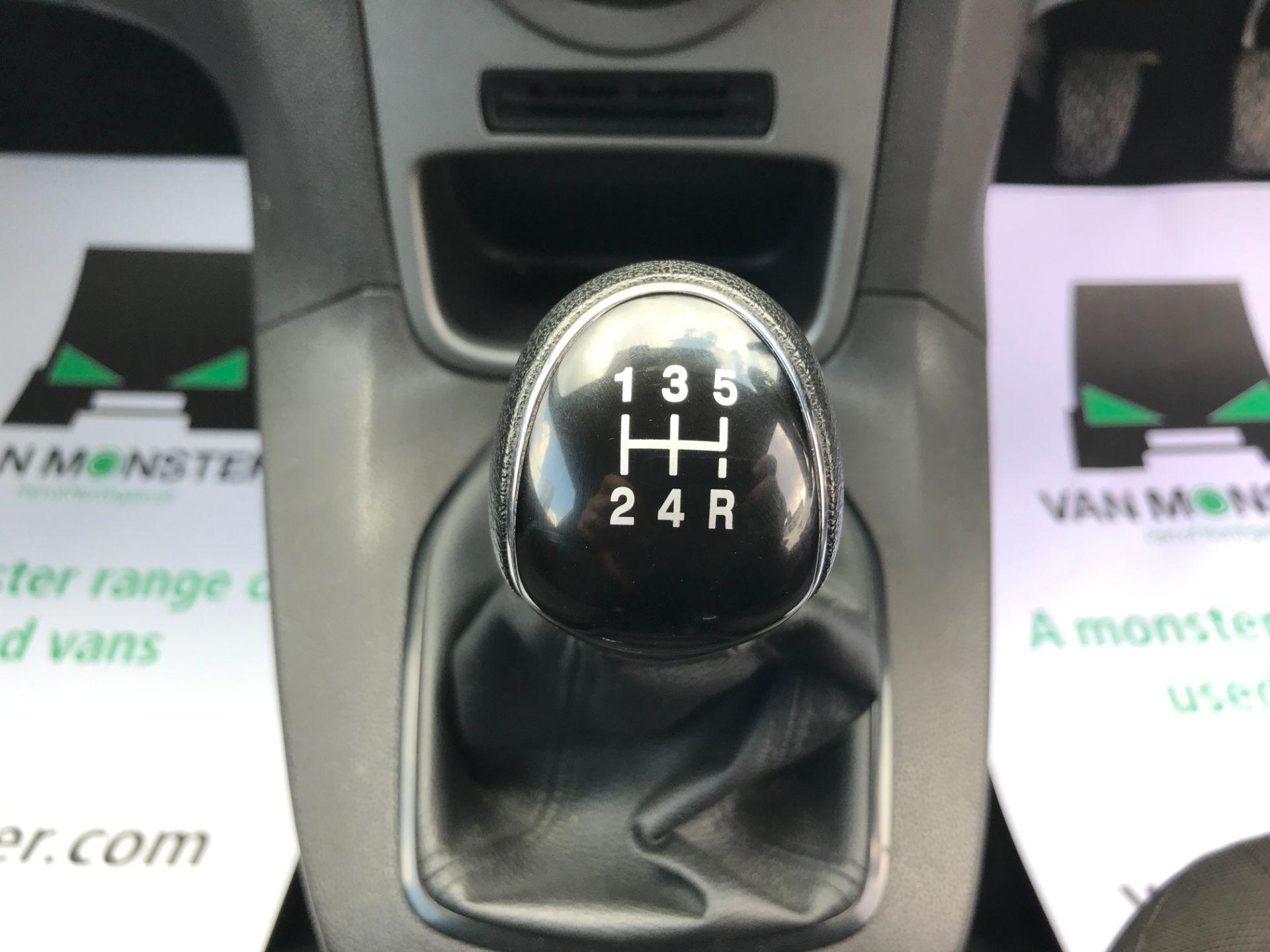 2016 Ford Fiesta 1.5TDCI 75PS EURO 6, AIR CON (FD66LBA) Image 14
