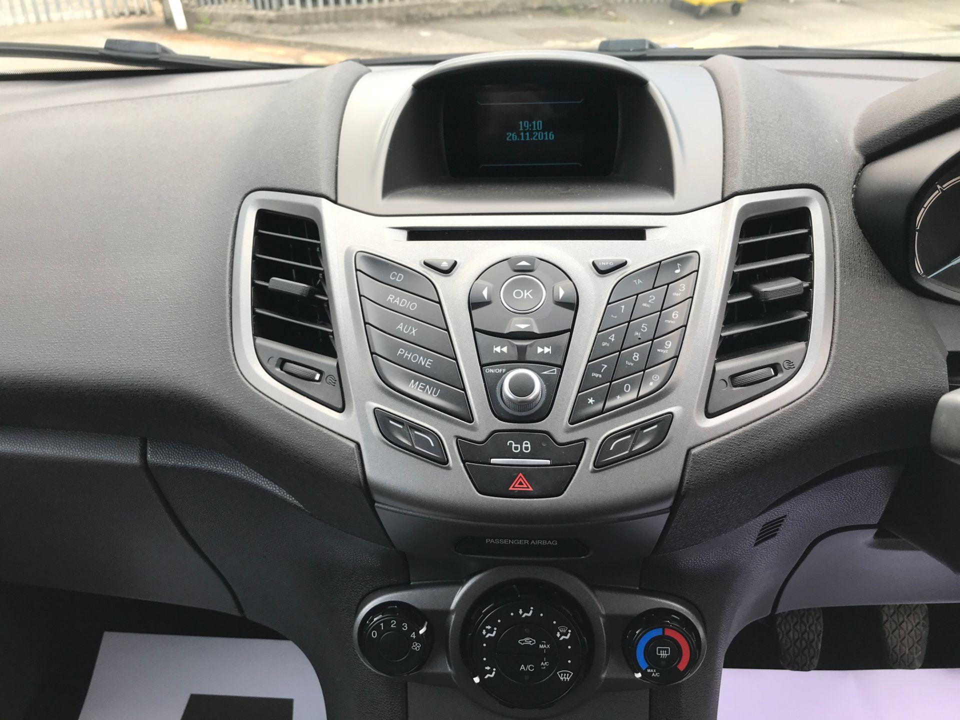2016 Ford Fiesta 1.5TDCI 75PS EURO 6, AIR CON (FD66LBA) Image 13
