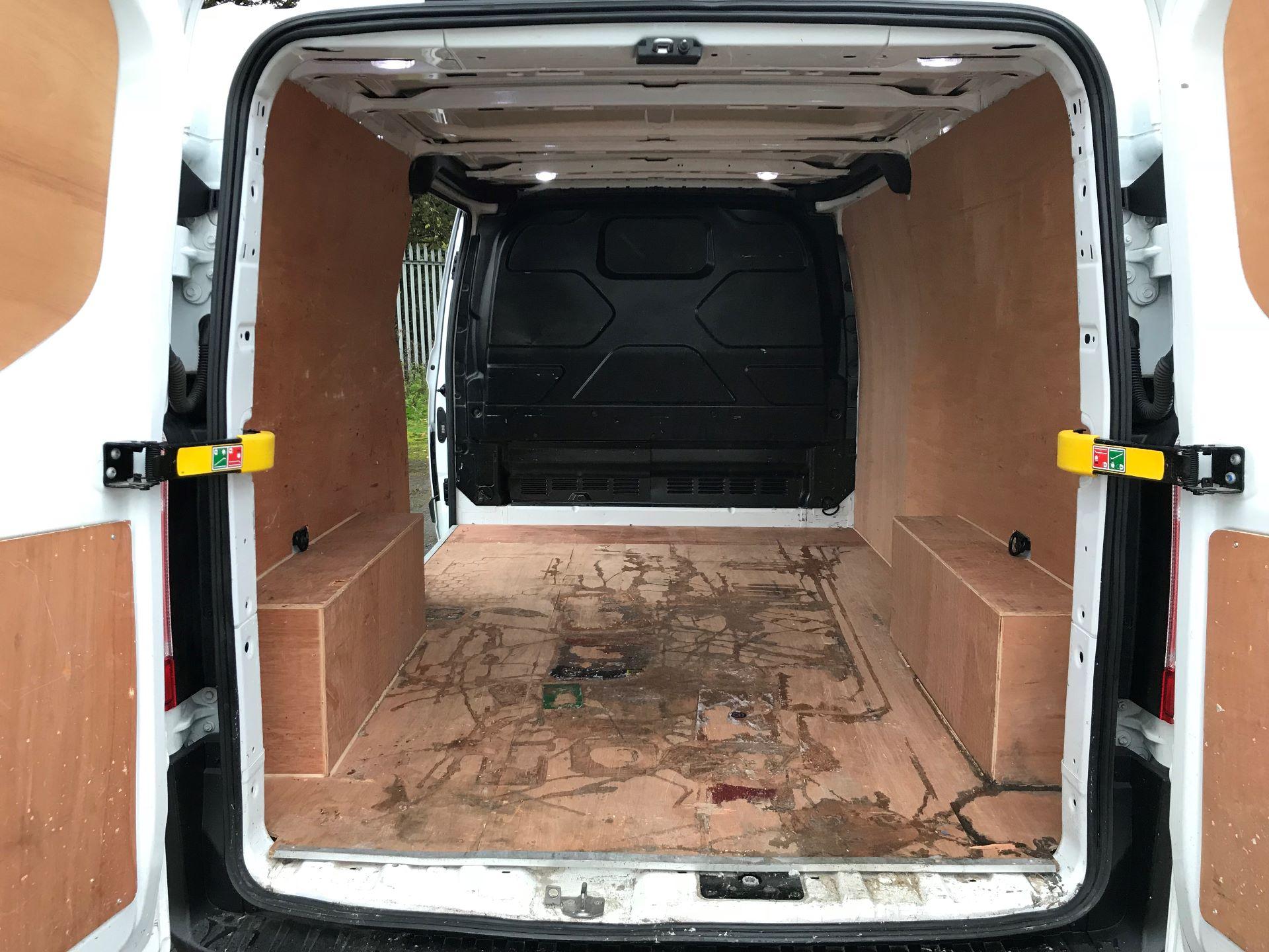 2016 Ford Transit Custom 2.0 Tdci 105Ps Low Roof Van (FD66LBG) Image 16