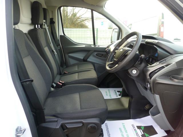 2016 Ford Transit Custom  290 L2 DIESEL FWD 2.0 TDCI 105PS LOW ROOF VAN EURO 6 (FD66LCJ) Image 17