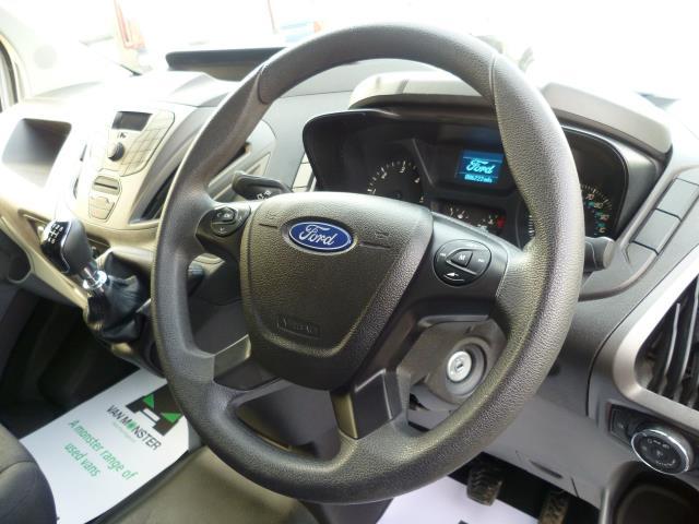 2016 Ford Transit Custom  290 L2 DIESEL FWD 2.0 TDCI 105PS LOW ROOF VAN EURO 6 (FD66LCJ) Image 20