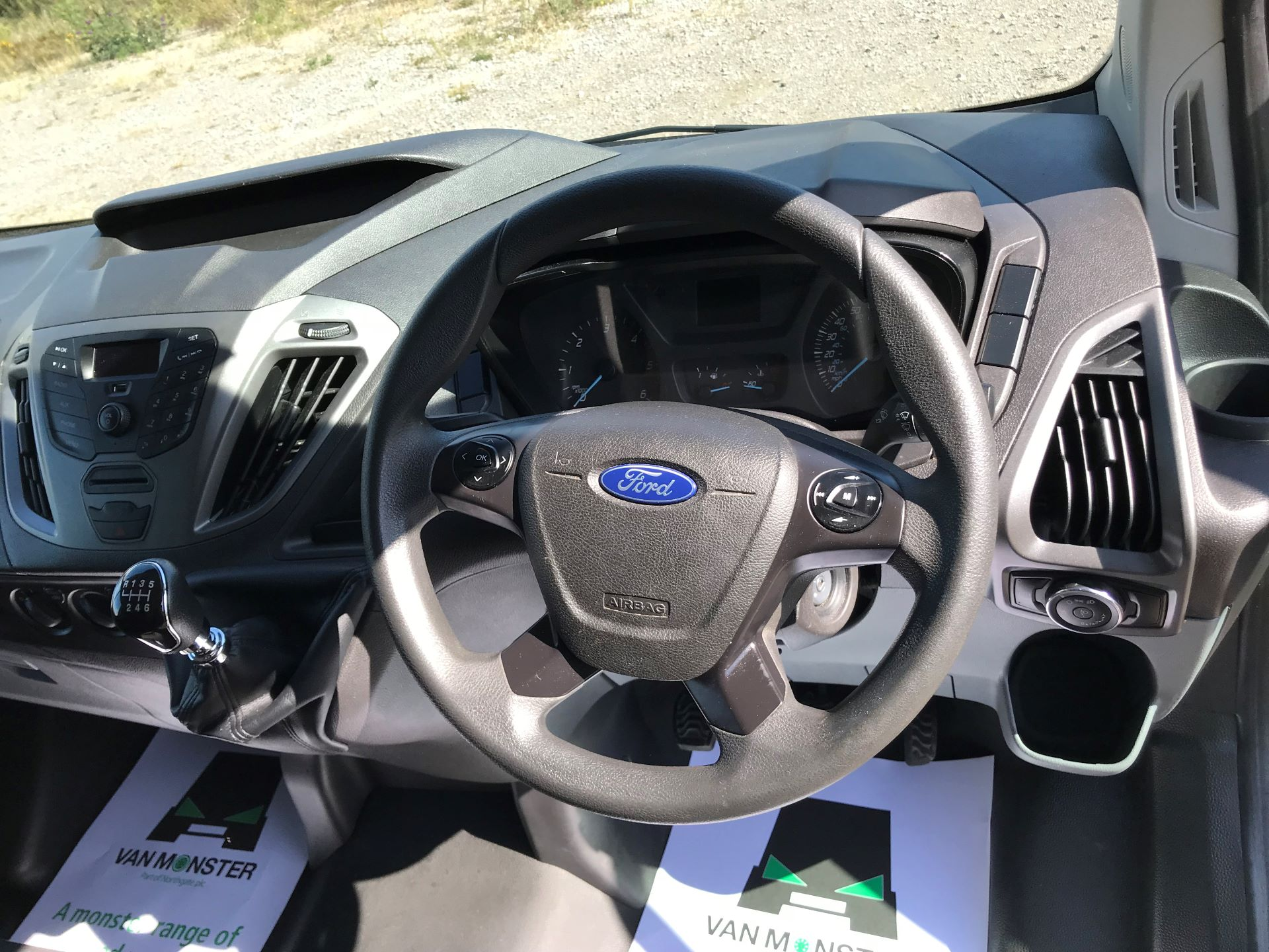 2016 Ford Transit Custom  290 L1 DIESEL FWD 2.0 TDCI 105PS LOW ROOF VAN EURO 6 (FD66LCM) Image 24