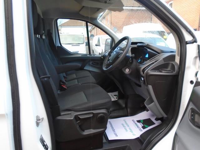 2016 Ford Transit Custom  290 L1 DIESEL FWD 2.0 TDCI 105PS LOW ROOF VAN EURO 6 (FD66LPO) Image 12