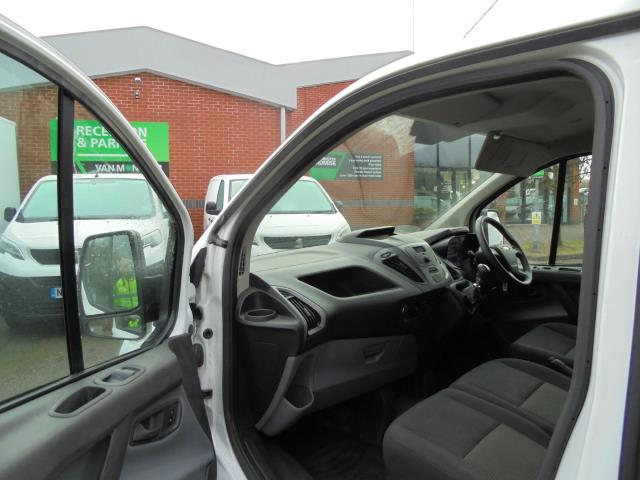 2016 Ford Transit Custom 2.0 Tdci 105Ps Low Roof D/Cab Van (FD66LVB) Image 19