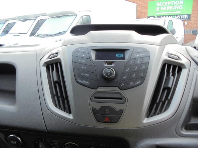 2016 Ford Transit Custom 2.0 Tdci 105Ps Low Roof D/Cab Van (FD66LVB) Image 8
