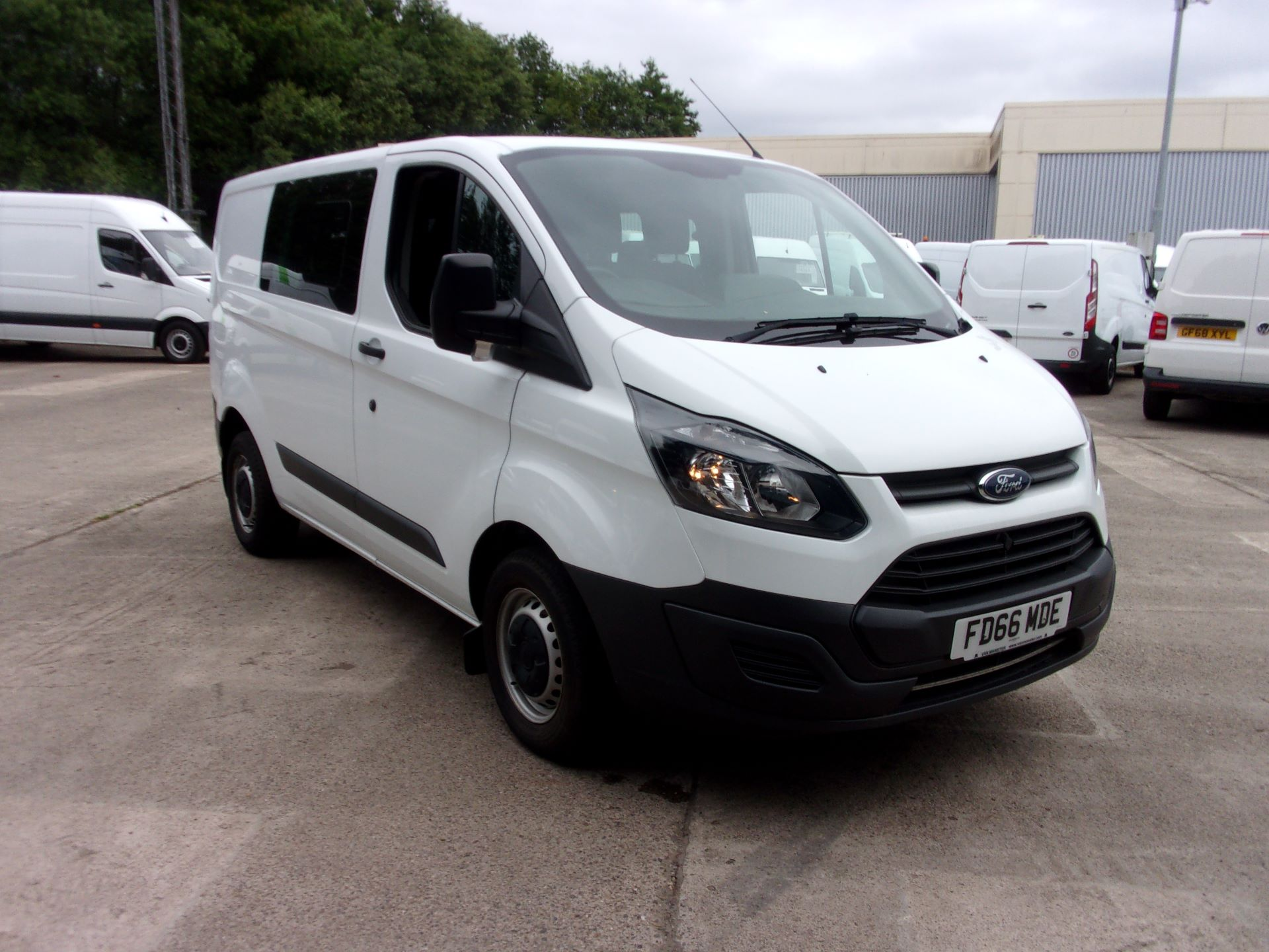 2016 Ford Transit Custom 2.0 Tdci 105Ps Low Roof D/Cab Van (FD66MDE)
