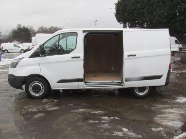2016 Ford Transit Custom 290 L1 H1 2.0 Tdci 105Ps Van (FD66MFE) Image 16