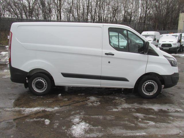 2016 Ford Transit Custom 290 L1 H1 2.0 Tdci 105Ps Van (FD66MFE) Image 9