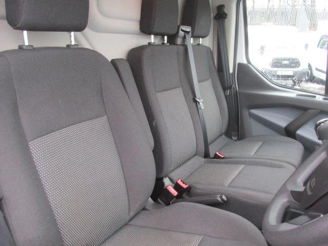 2016 Ford Transit Custom 290 L1 H1 2.0 Tdci 105Ps Van (FD66MFE) Image 8