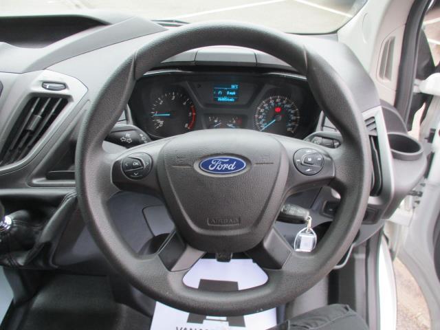 2016 Ford Transit Custom  290 L1 DIESEL FWD 2.0 TDCI 105PS LOW ROOF VAN EURO 6 (FD66MKX) Image 13