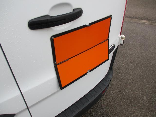 2016 Ford Transit Custom  290 L1 DIESEL FWD 2.0 TDCI 105PS LOW ROOF VAN EURO 6 (FD66MKX) Image 25
