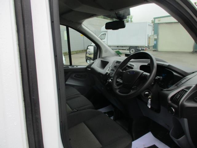 2016 Ford Transit Custom  290 L1 DIESEL FWD 2.0 TDCI 105PS LOW ROOF VAN EURO 6 (FD66MKX) Image 11