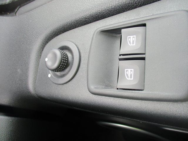 2017 Vauxhall Vivaro 2700 1.6 CDTI 120 PS SPORTIVE VAN (FD67RKV) Image 18