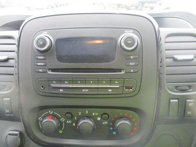 2017 Vauxhall Vivaro 2700 1.6 CDTI 120 PS SPORTIVE VAN (FD67RKV) Image 15