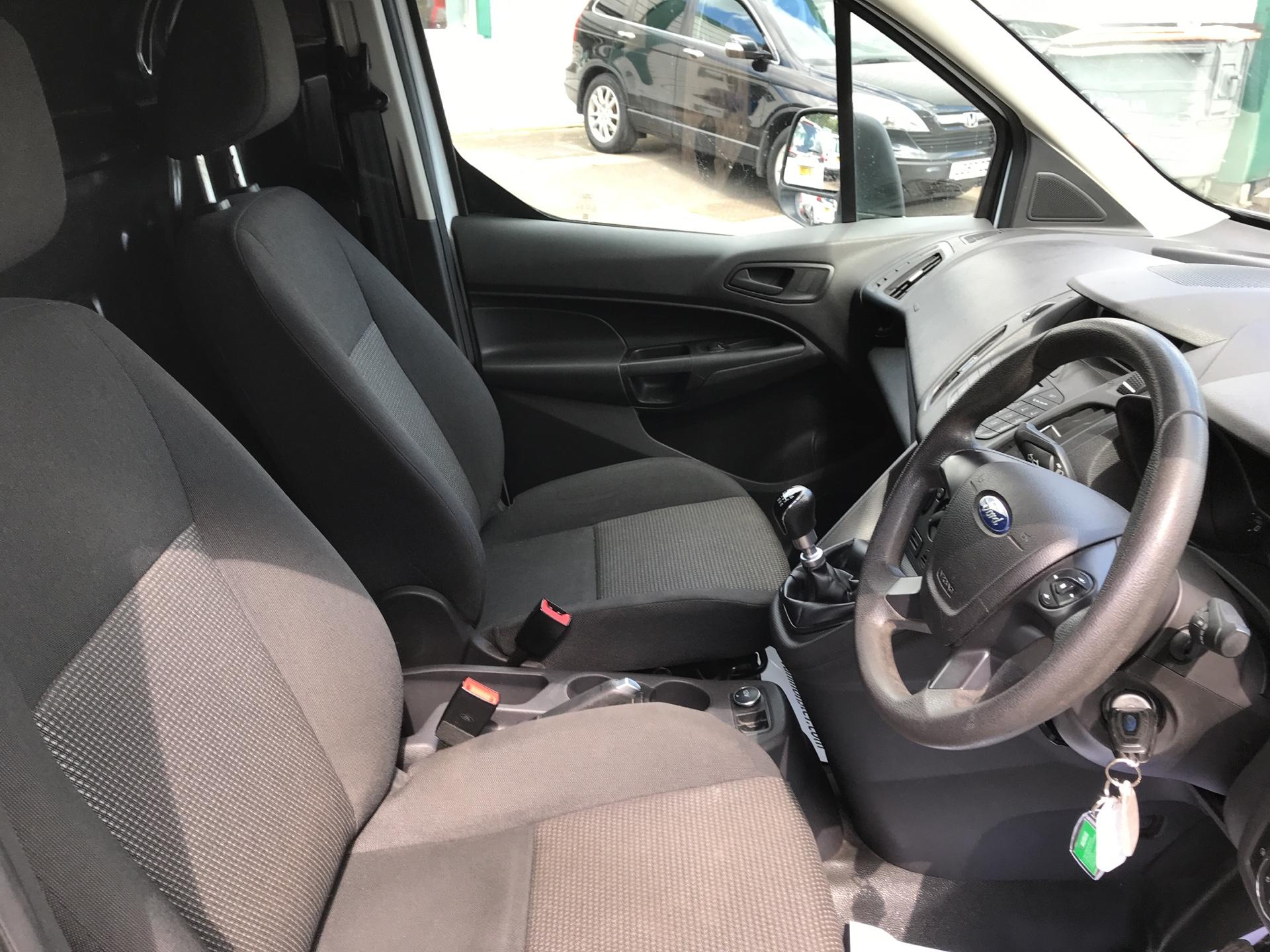 2014 Ford Transit Connect 1.6 Tdci 115Ps Van (FE14ZCA) Image 25