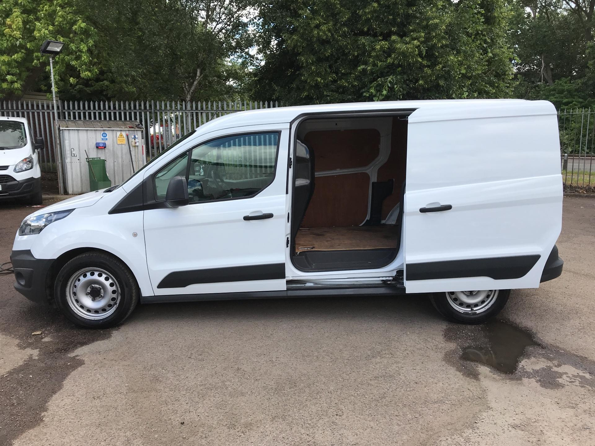 2014 Ford Transit Connect 1.6 Tdci 115Ps Van (FE14ZCA) Thumbnail 26