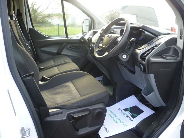 2015 Ford Transit Custom 290 L1 DIESEL FWD 2.2  TDCI 100PS LOW ROOF VAN EURO 5 (FE15TZN) Image 16