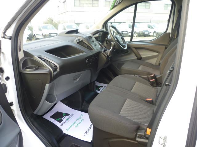 2015 Ford Transit Custom 290 L1 DIESEL FWD 2.2  TDCI 100PS LOW ROOF VAN EURO 5 (FE15TZN) Image 18