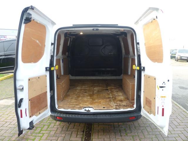 2015 Ford Transit Custom 290 L1 DIESEL FWD 2.2  TDCI 100PS LOW ROOF VAN EURO 5 (FE15TZN) Image 7