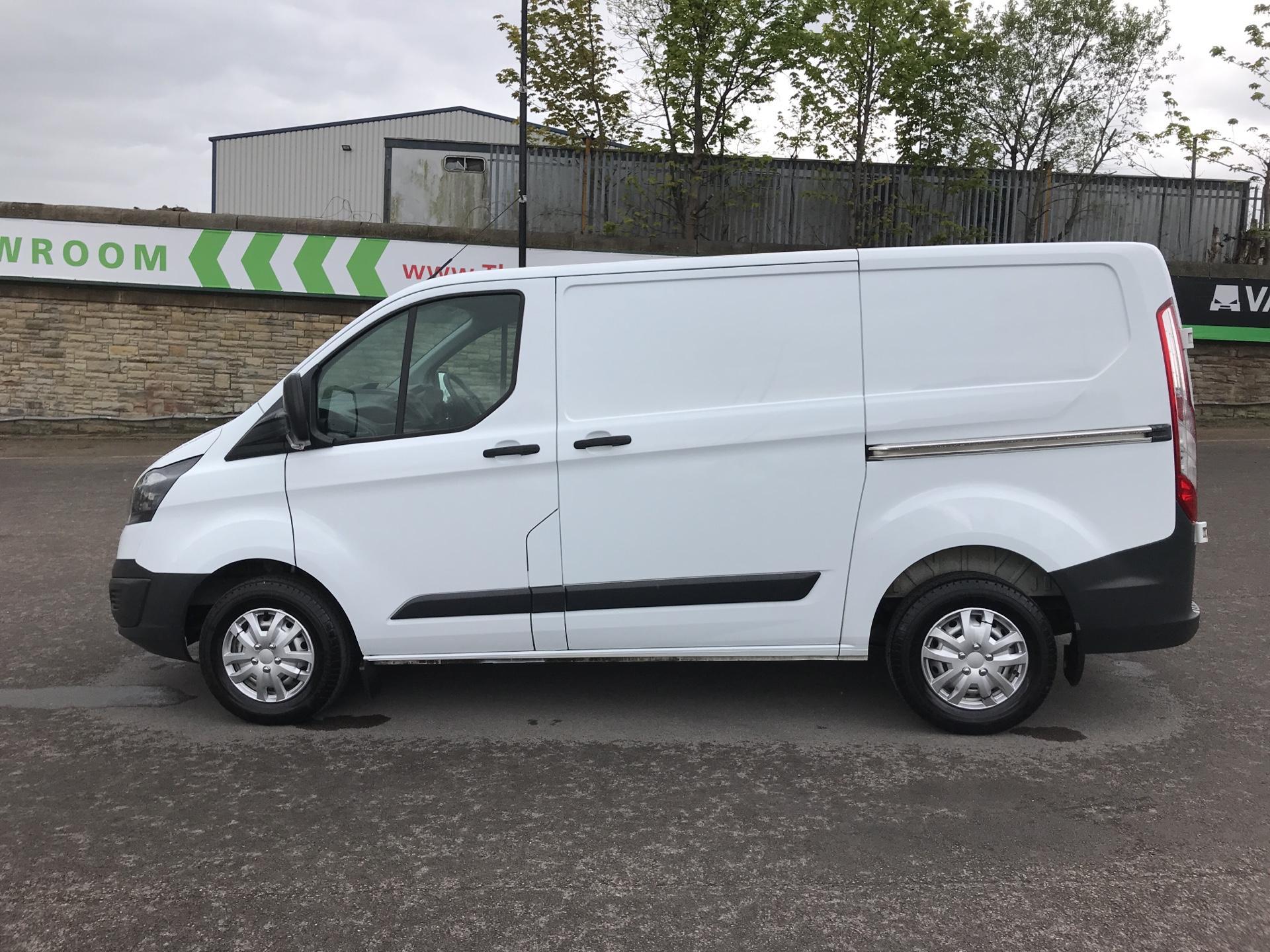 2015 Ford Transit Custom 2.2 Tdci 100Ps Low Roof Van (FE15UCG) Image 6