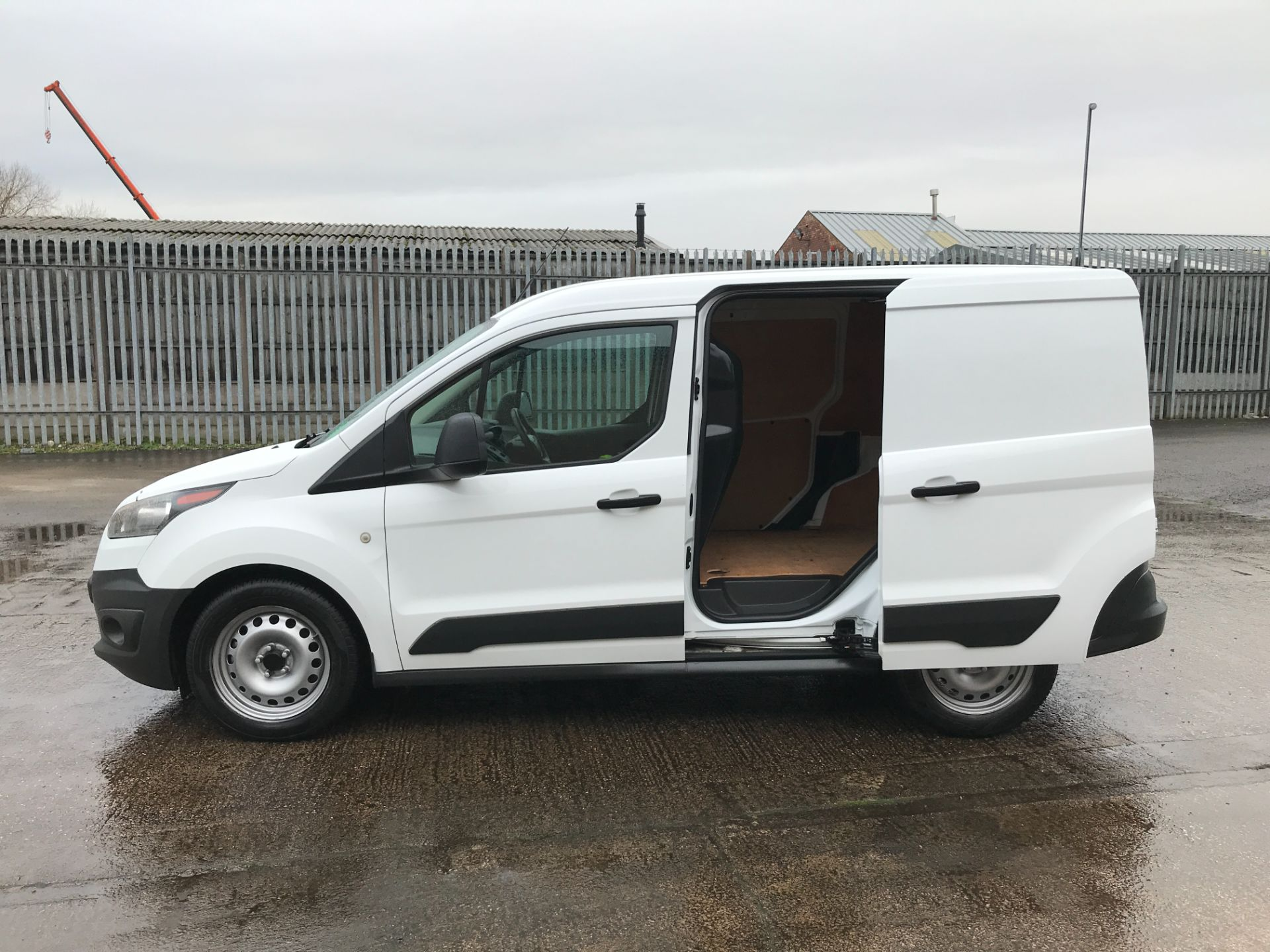 2017 Ford Transit Connect T220 L1 H1 1.5TDCI 75PS EURO 6 AIR CON (FE17UJK) Image 18