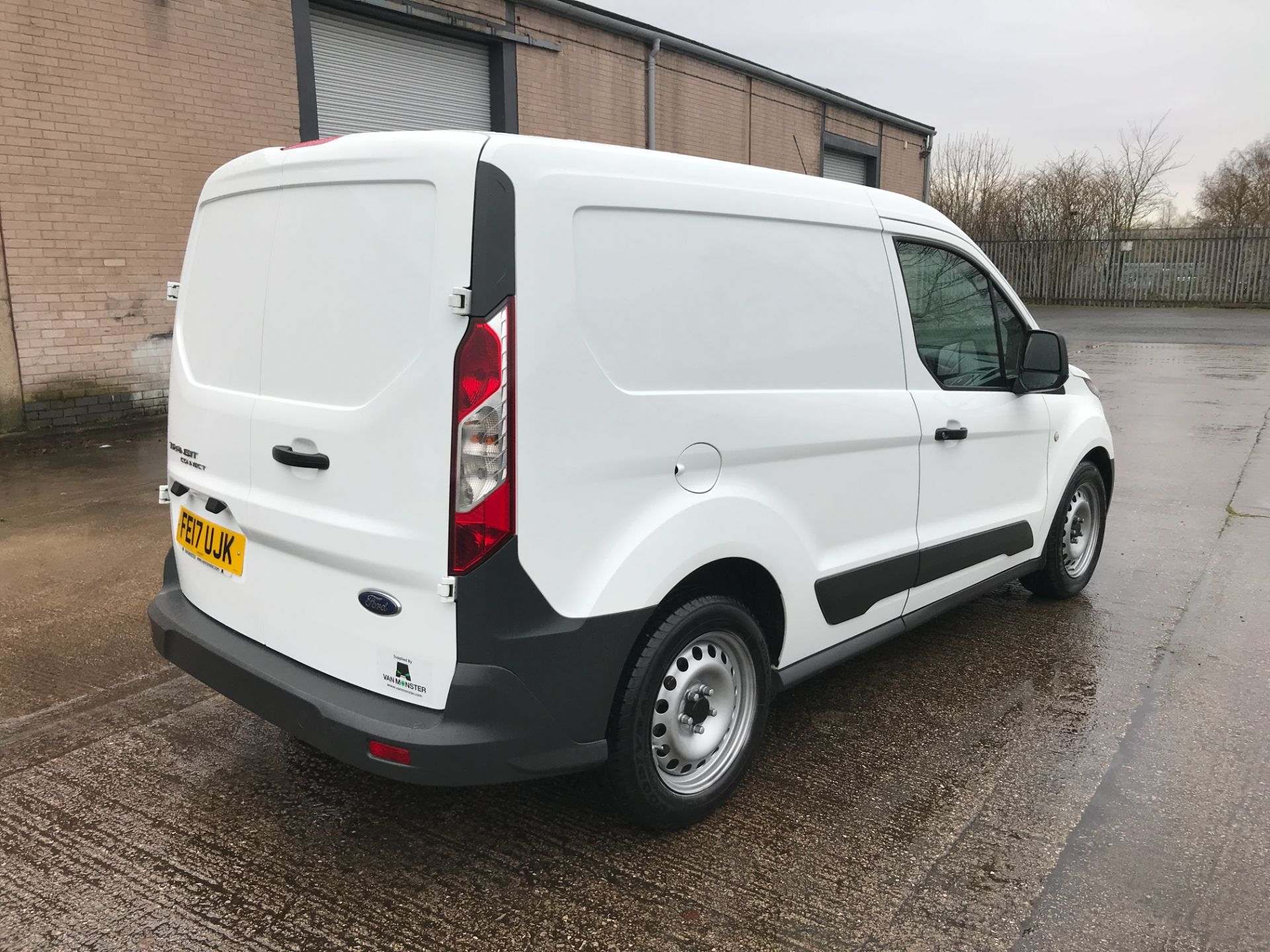 2017 Ford Transit Connect T220 L1 H1 1.5TDCI 75PS EURO 6 AIR CON (FE17UJK) Image 8