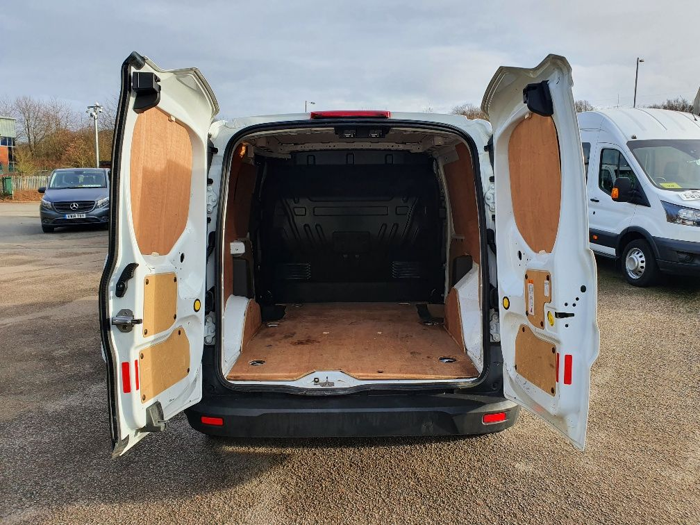 2017 Ford Transit Connect 1.5 Tdci 75Ps Van (FE17UJS) Image 10