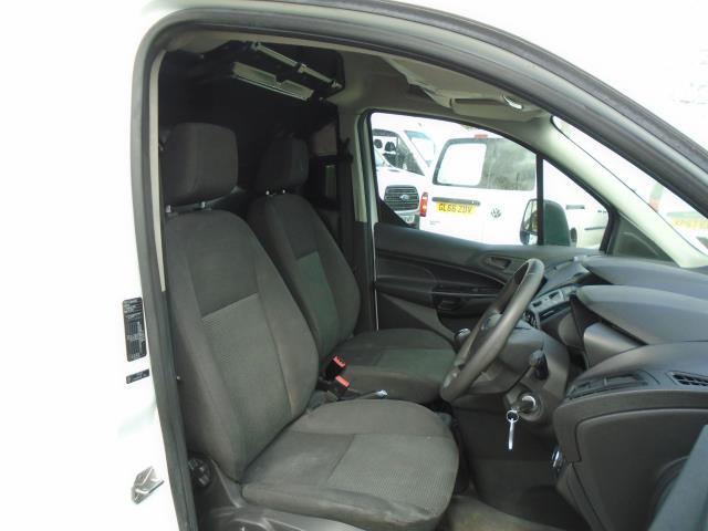 2017 Ford Transit Connect 1.5 Tdci 75Ps Van (FE17UKJ) Image 16
