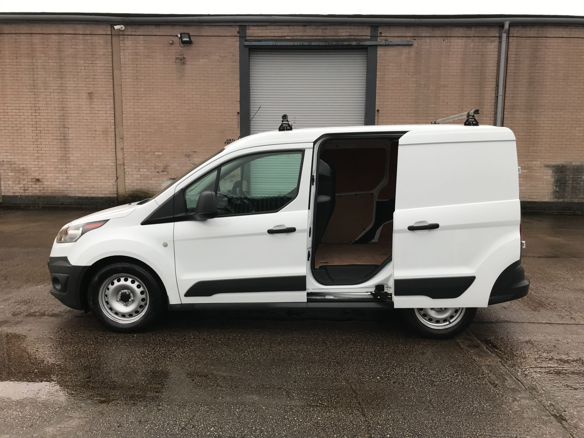 2017 Ford Transit Connect T200 L1 H1 1.5TDCI 75PS EURO 6  (FE17UKT) Thumbnail 19