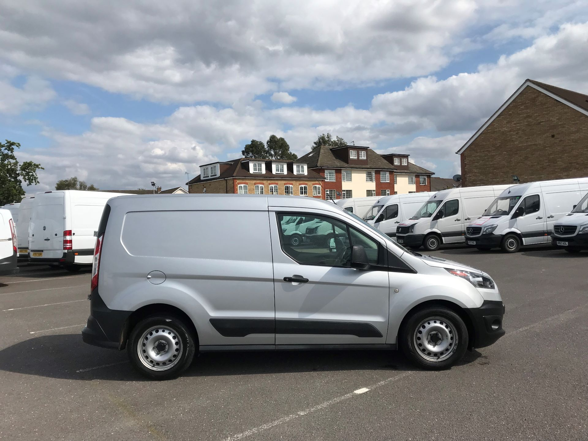 2017 Ford Transit Connect   220 L1 1.5 TDCI 75PS EURO 6 (FE17ULD) Image 8