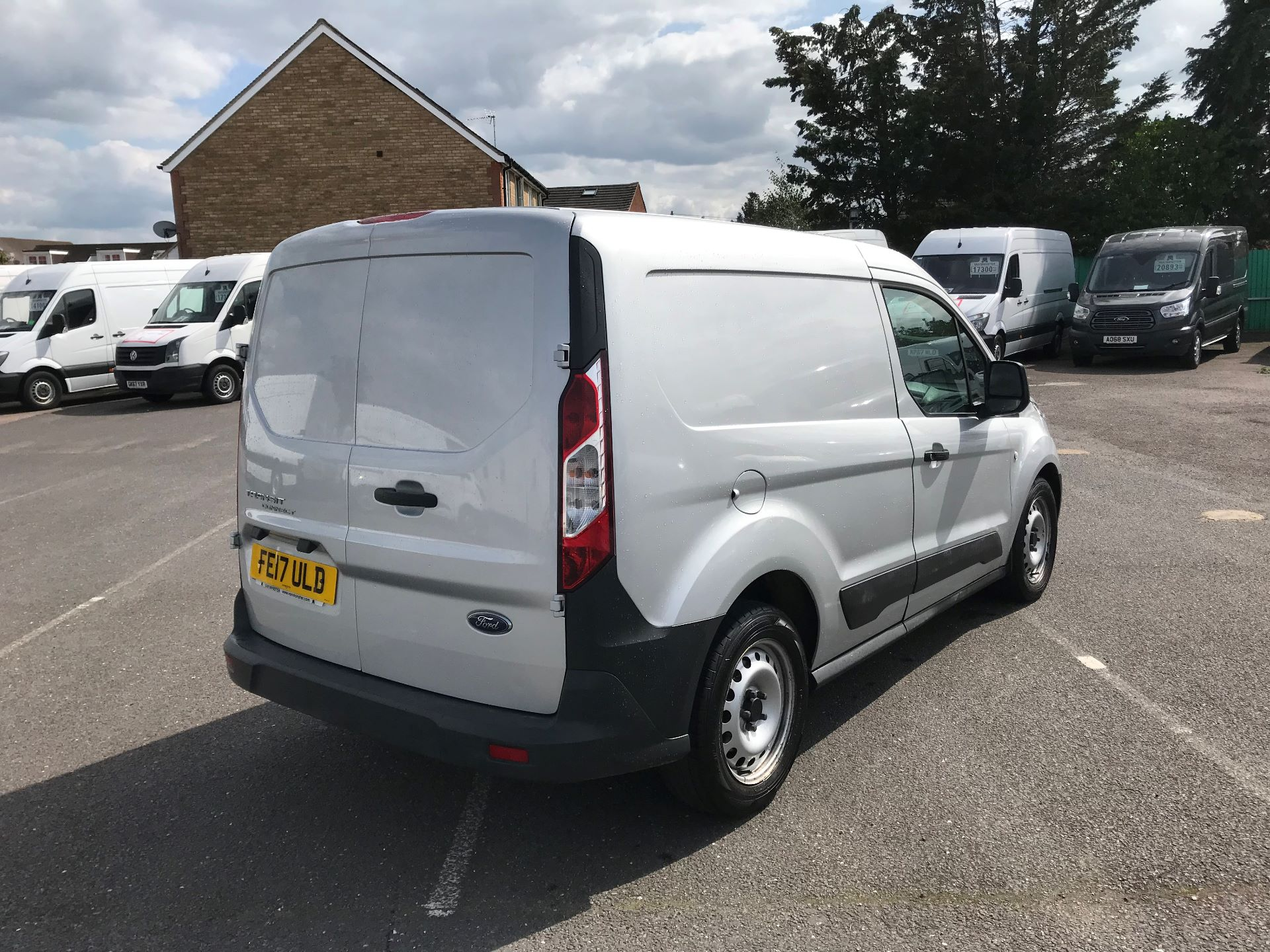 2017 Ford Transit Connect   220 L1 1.5 TDCI 75PS EURO 6 (FE17ULD) Image 4