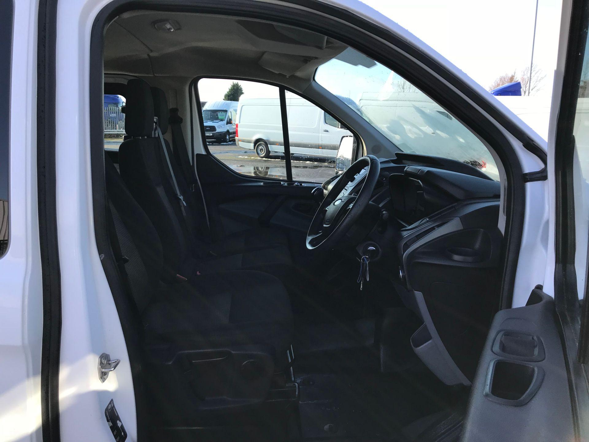 2017 Ford Transit Custom 2.0 Tdci 105Ps Low Roof D/Cab Van (FE17ULJ) Image 11