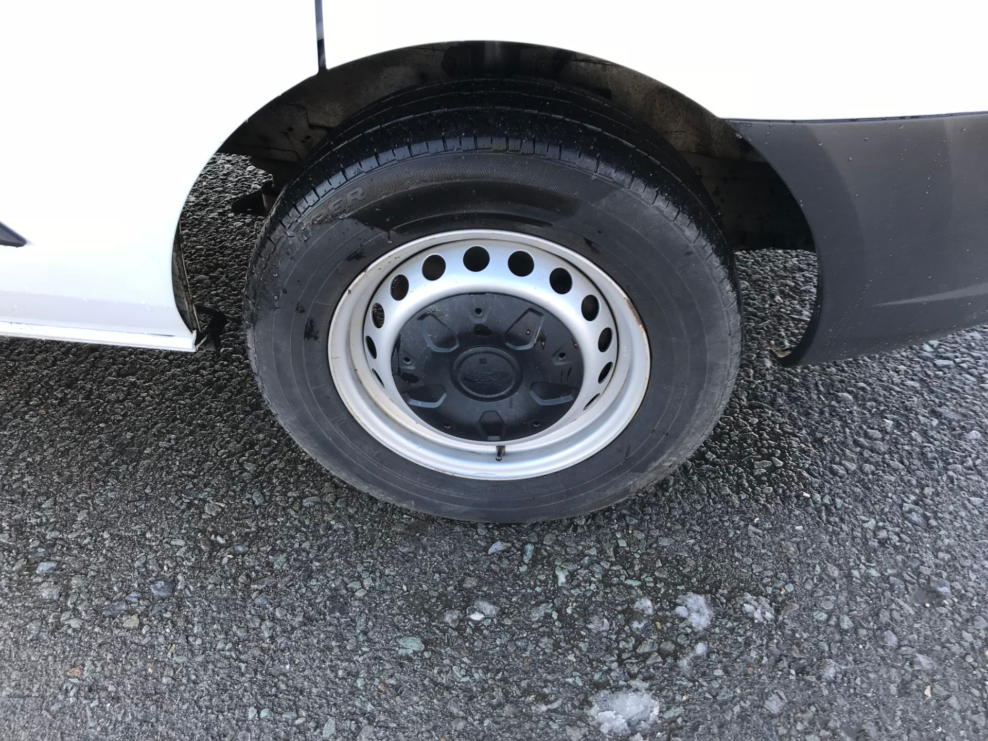 2017 Ford Transit Custom 2.0 Tdci 105Ps Low Roof D/Cab Van (FE17ULJ) Image 9