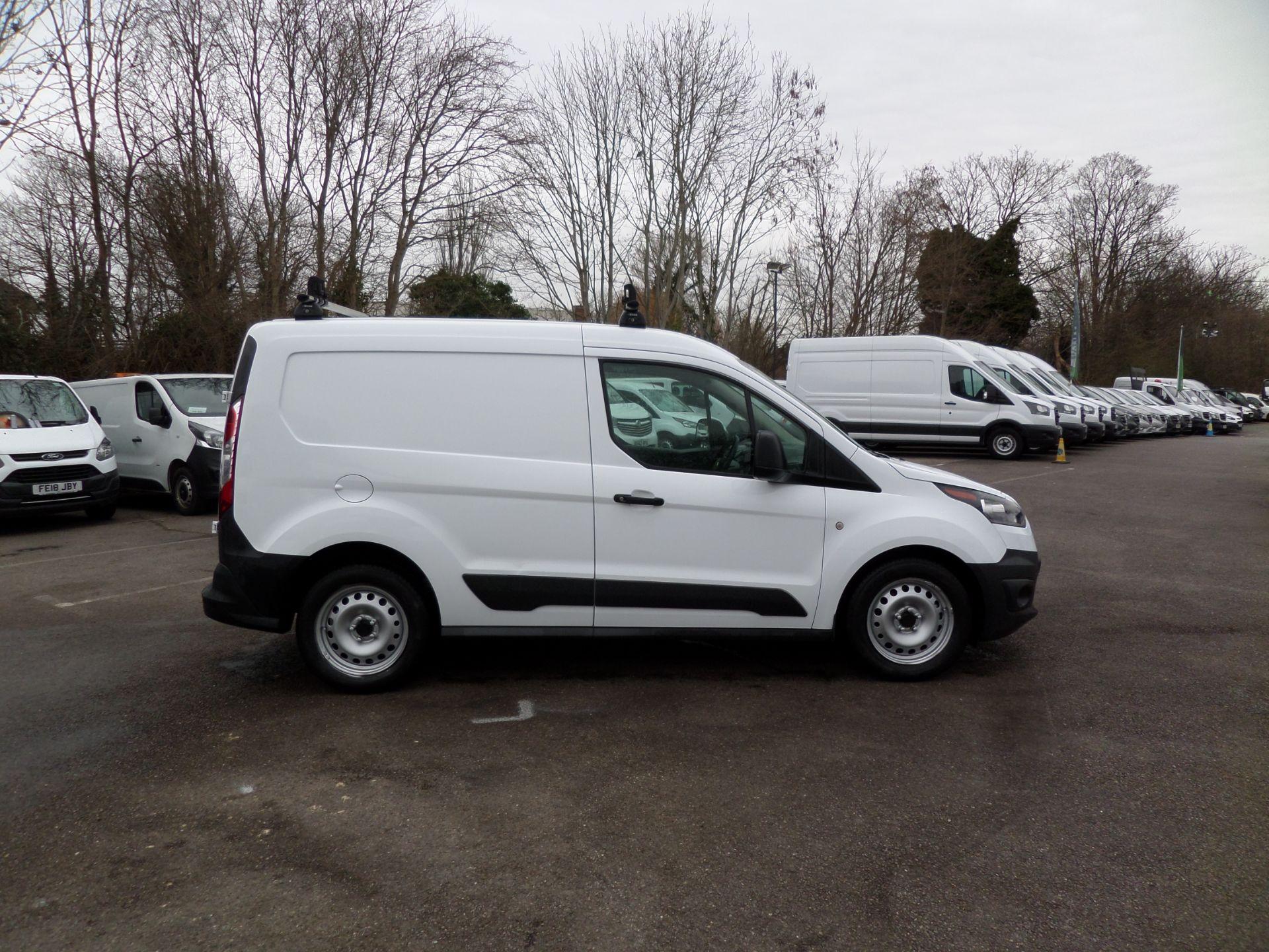 2017 Ford Transit Connect 1.5 Tdci 75Ps Van Euro 6 (FE17ULM) Image 2