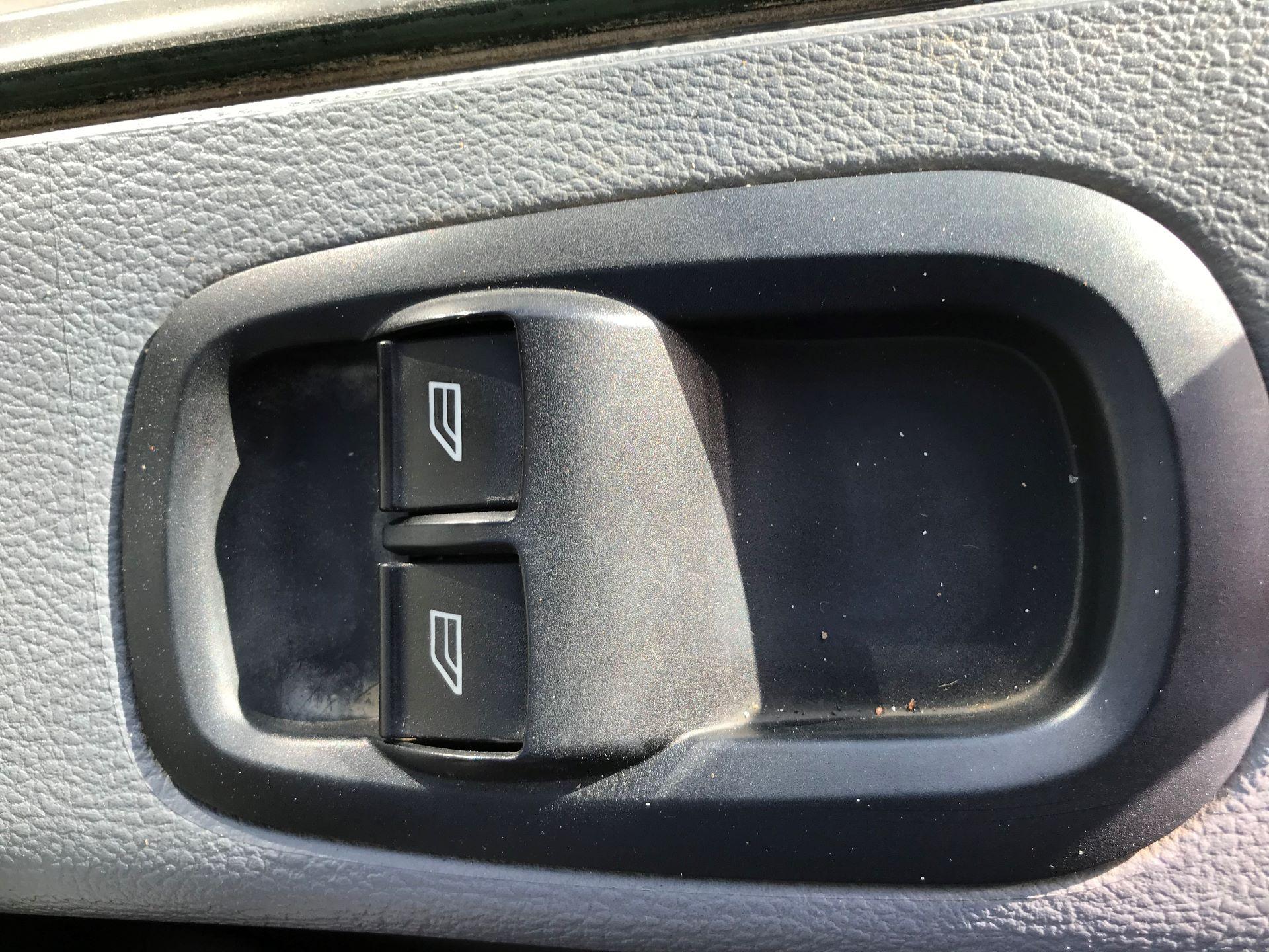2017 Ford Transit L3 H3 VAN 130PS EURO 6 (FE17ULW) Image 19